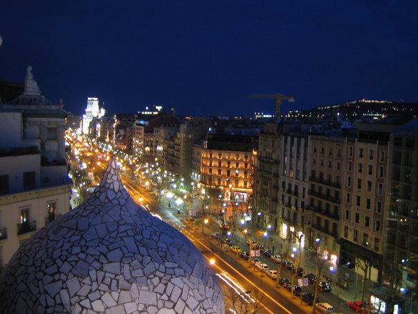 barcelona by night, Spain, lågprisflyg
