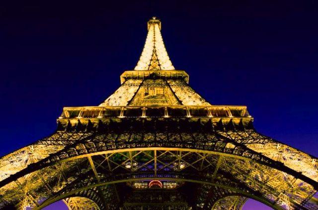 Upplev Paris under en weekend med din käresta