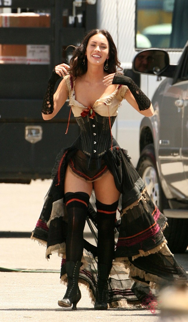 Den nakna sanningen om Megan Fox höfter