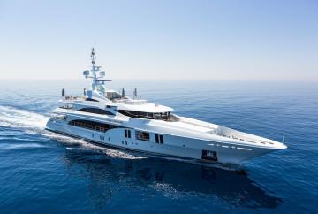 Lyxyacht: Ocean Paradise är 55 meter